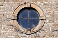 round-window-stone-frame-detail-47385614
